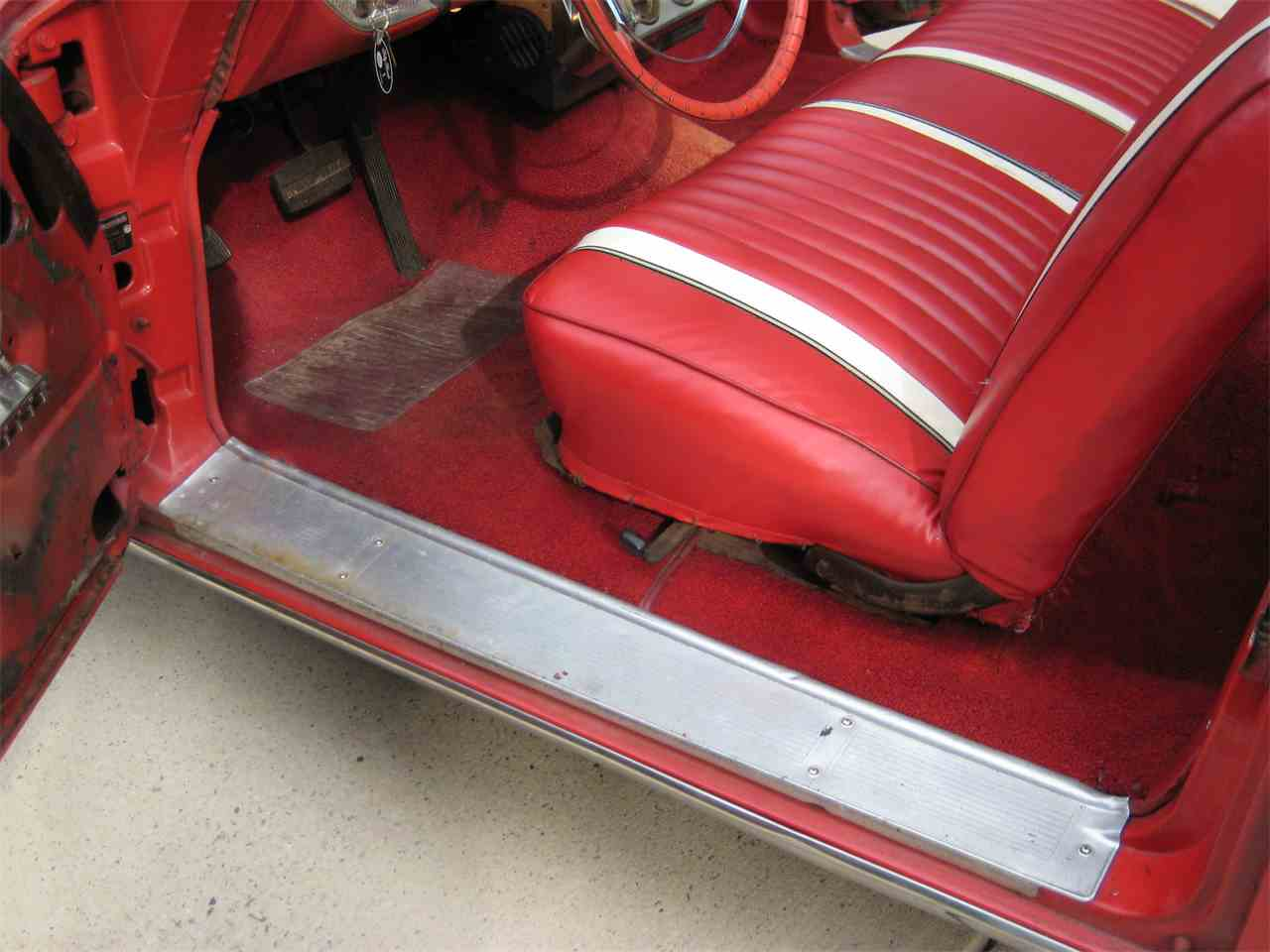Large Picture of '62 Sunliner - F46R