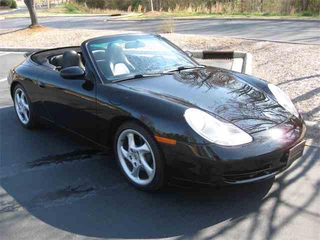 2000 Porsche 911 Carrera 2 | 700824