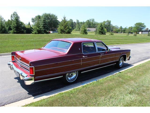 1977 Lincoln Town Car | 708830
