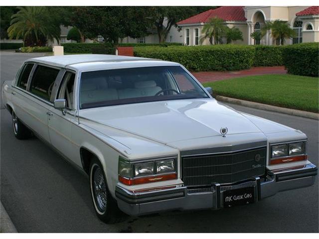 1986 Cadillac Fleetwood | 711155