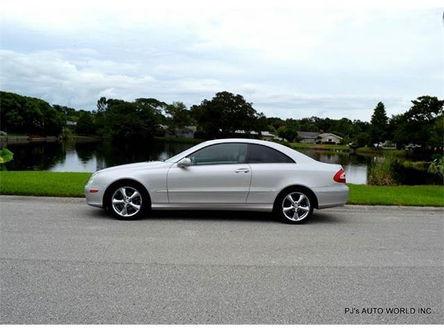 2004 Mercedes-Benz CLK-Class | 711572