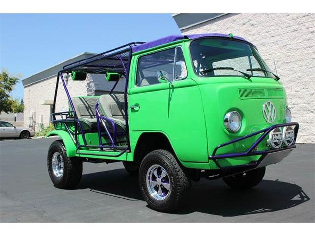 1972 Volkswagen Bus | 711936