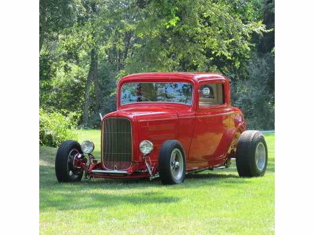 1932 Ford 3-Window Coupe | 713444