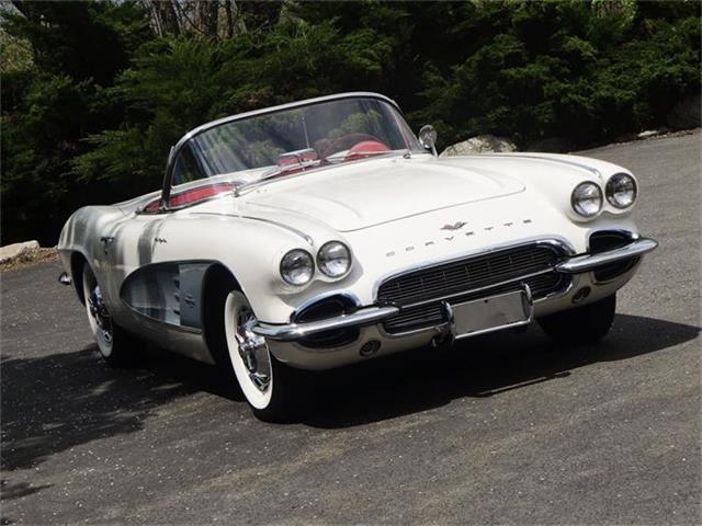 1961 Chevrolet Corvette | 715340