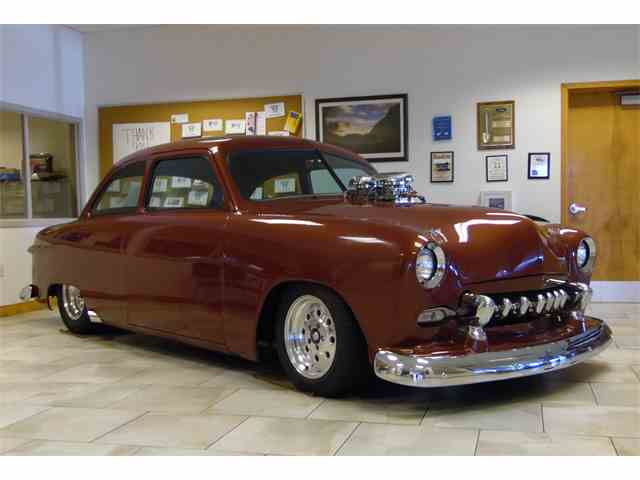 1949 Ford Coupe | 718897