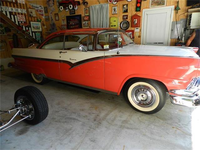 1956 Ford Fairlane Victoria | 719161