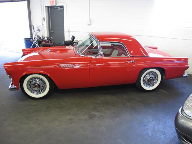 1955 Ford Thunderbird | 710924