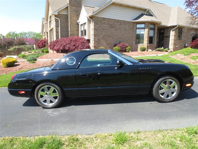 2002 Ford Thunderbird | 719469