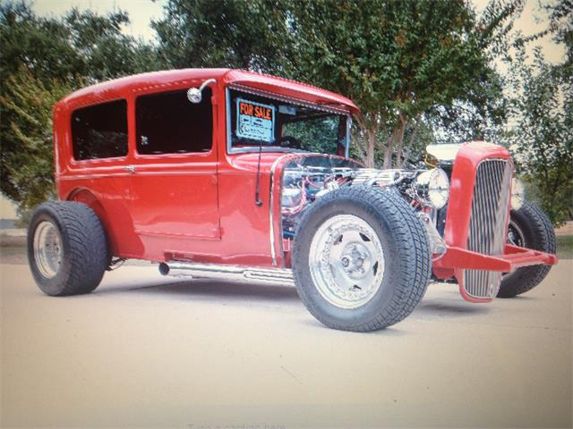 1928 Ford Tudor | 722002