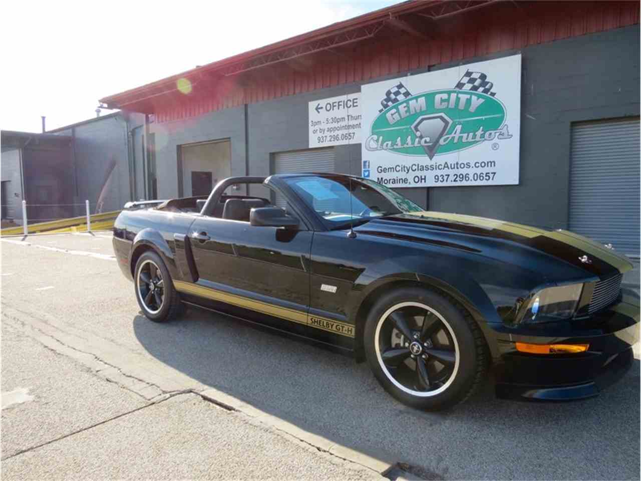 Large Picture of '07 Mustang SHELBY Hertz - FHW4