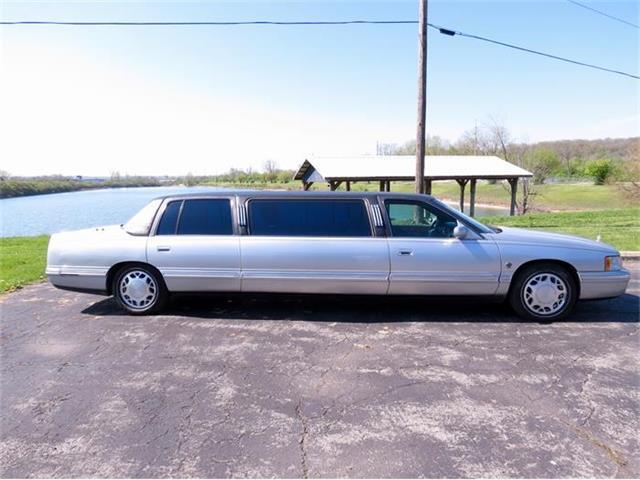 1999 Cadillac Limousine | 723030