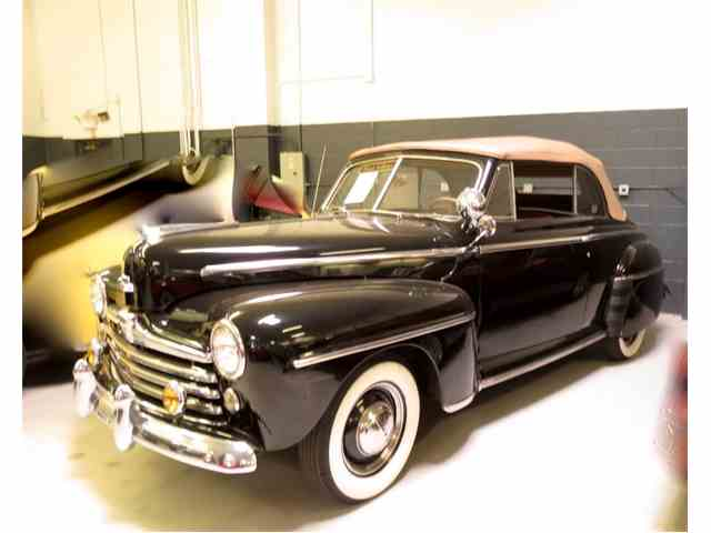 1948 Ford Super Deluxe | 723077