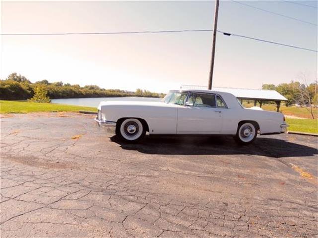 1956 Lincoln Continental | 723080