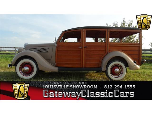 1935 Ford Woody Wagon | 724333