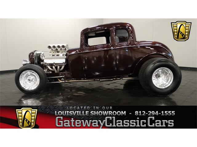 1932 Ford 5-Window Coupe   724476