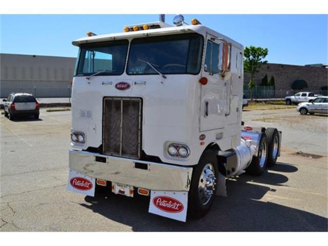 1975 Peterbilt Truck | 725841
