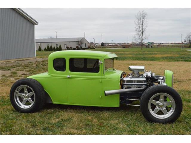 1932 Ford Hot Rod | 726757