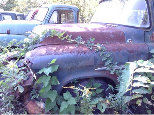 1957 Chevrolet Suburban | 727182
