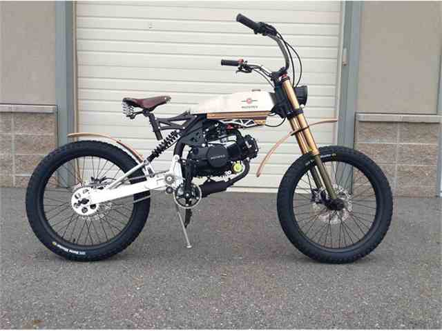 2015 Custom Motorcycle | 727770