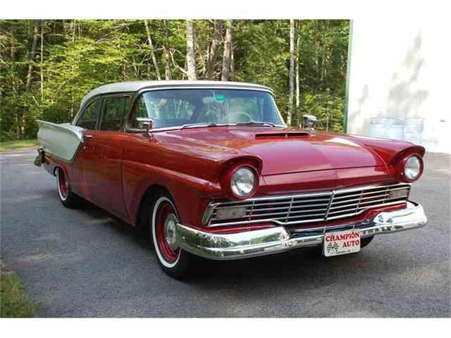 1957 Ford Fairlane | 727920