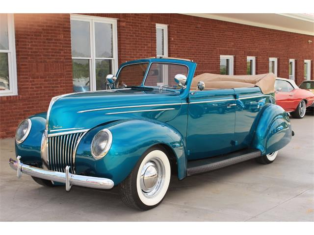 1939 Ford Deluxe | 728367