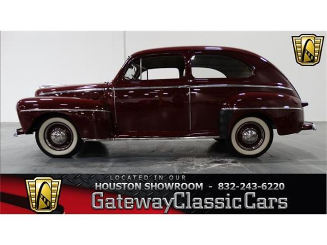 1947 Ford 2-Dr Sedan | 731677