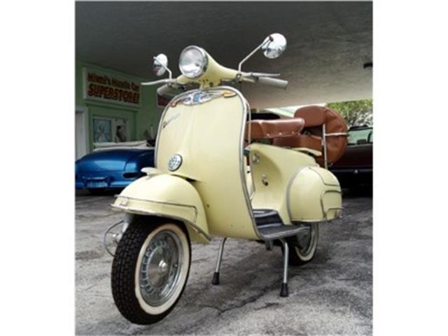 1965 Vespa Scooter | 732902