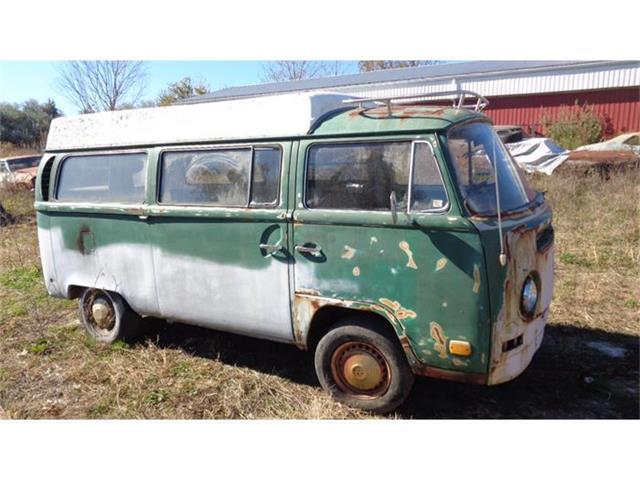 1971 Volkswagen Camper   733382