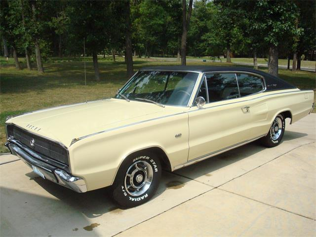 1967 Dodge Charger   733819