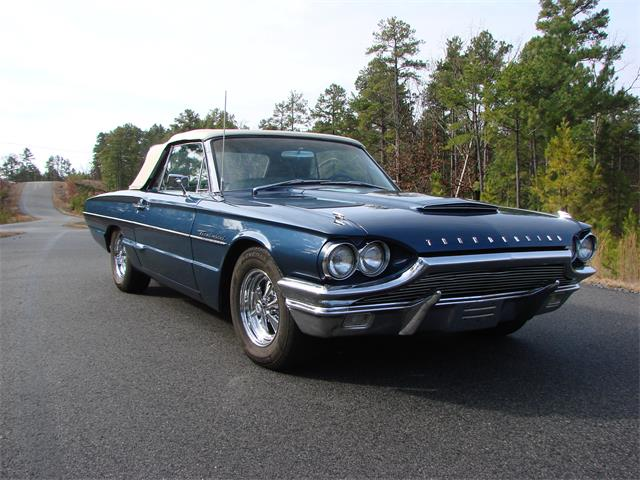 1964 Ford Thunderbird | 733935