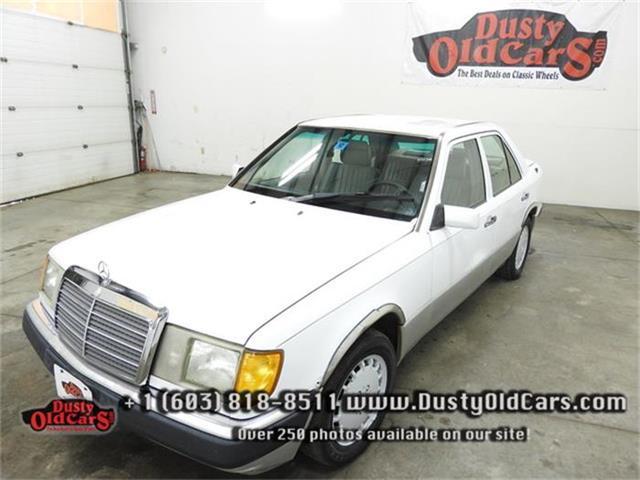 1992 Mercedes-Benz 300E | 734385