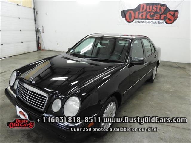 1998 Mercedes-Benz E320 | 736152