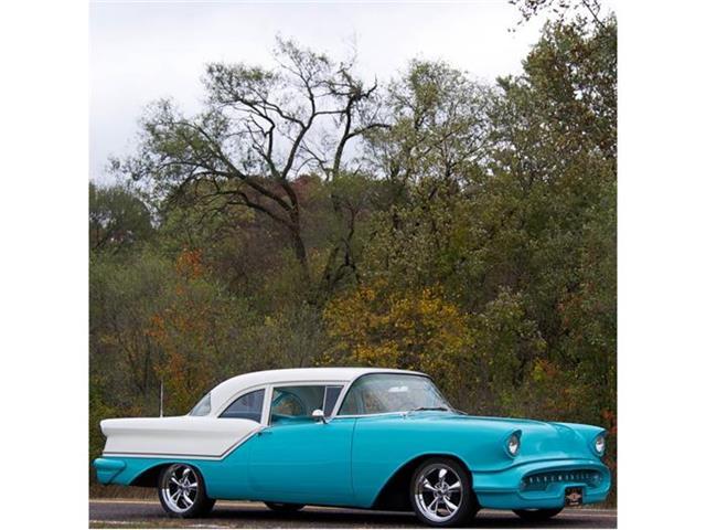 1957 Oldsmobile 88 | 736513