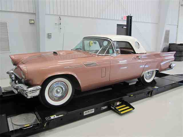 1957 Ford Thunderbird | 737478
