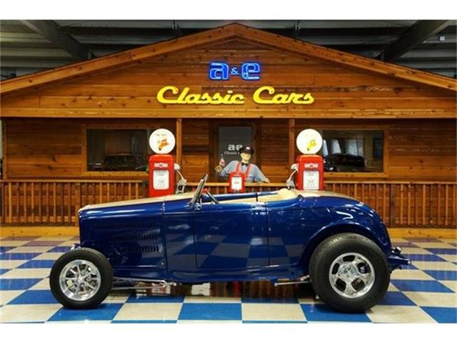 1932 Ford Deuce | 730749