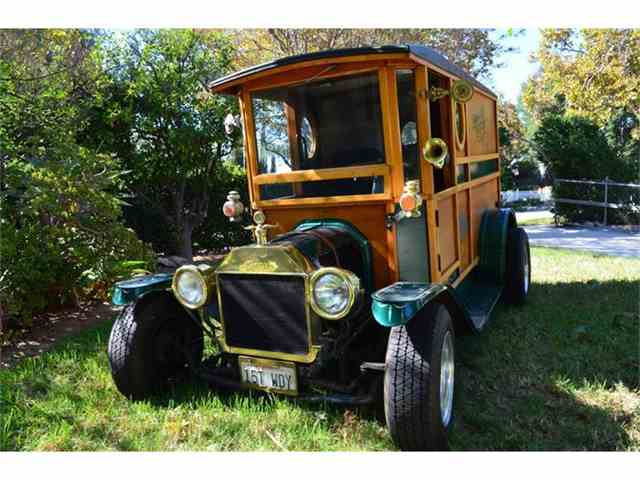 1915 Ford Model T | 737658