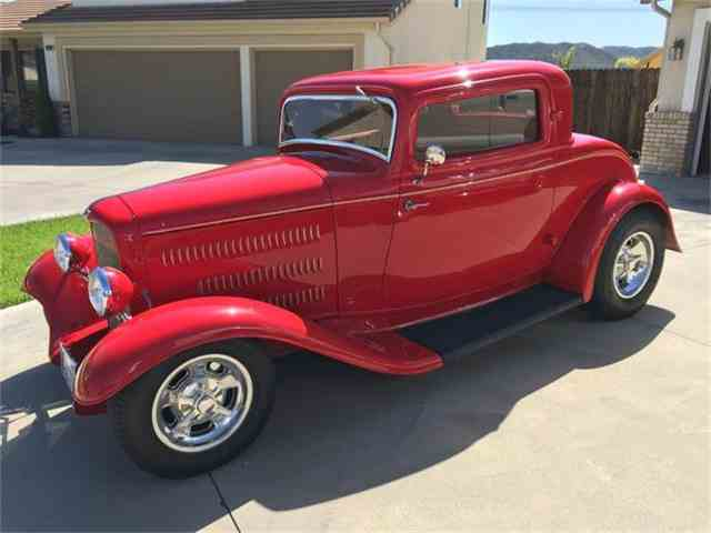 1932 Ford 3-Window Coupe | 738330