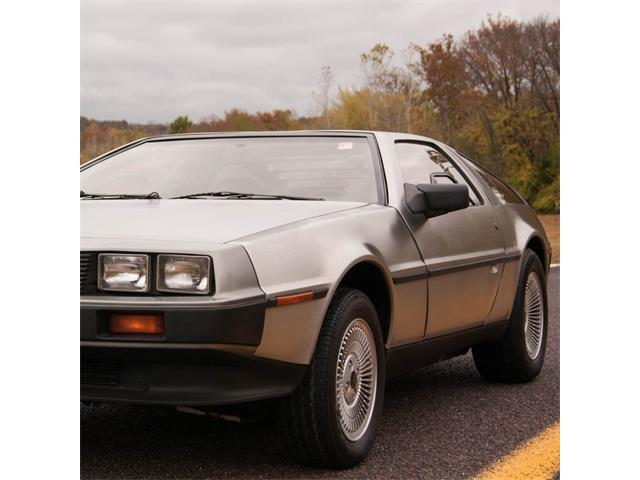1981 DeLorean DMC-12 | 738411
