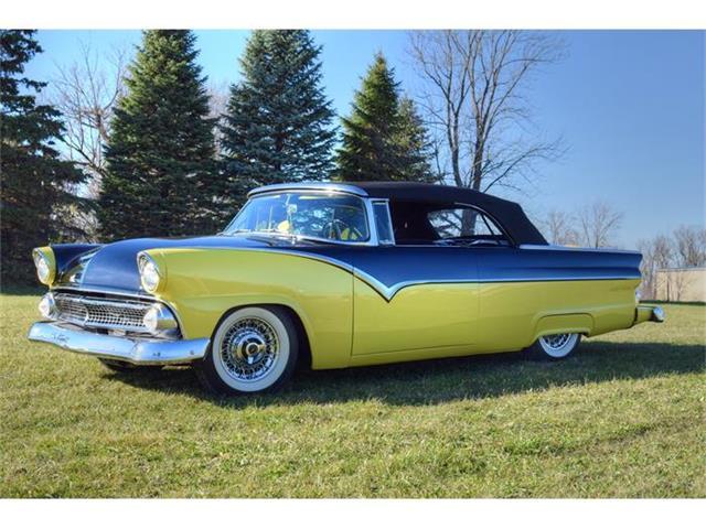 1955 Ford Sunliner | 739296