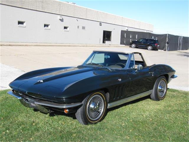 1965 Chevrolet Corvette Stingray | 740190