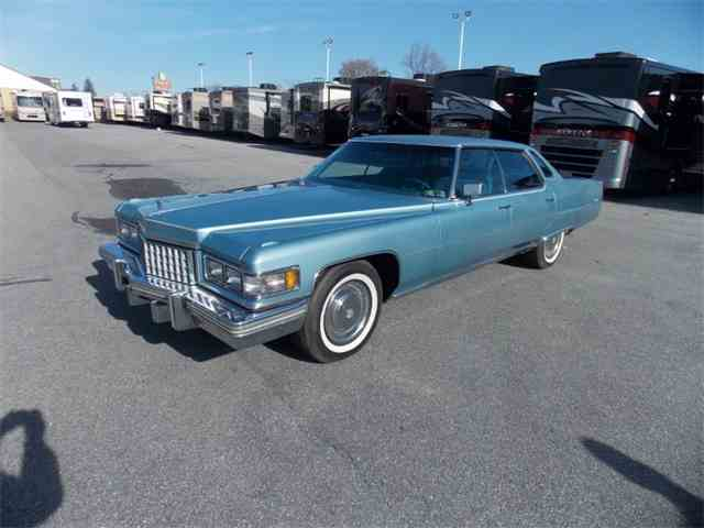 1976 Cadillac Sedan DeVille | 742047