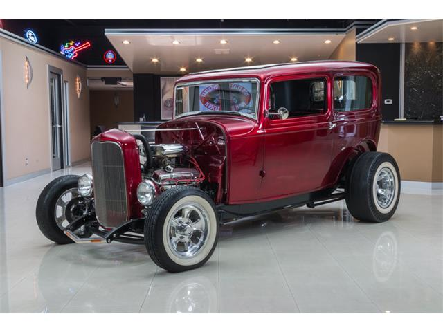 1932 Ford Tudor Sedan Street Rod | 742051