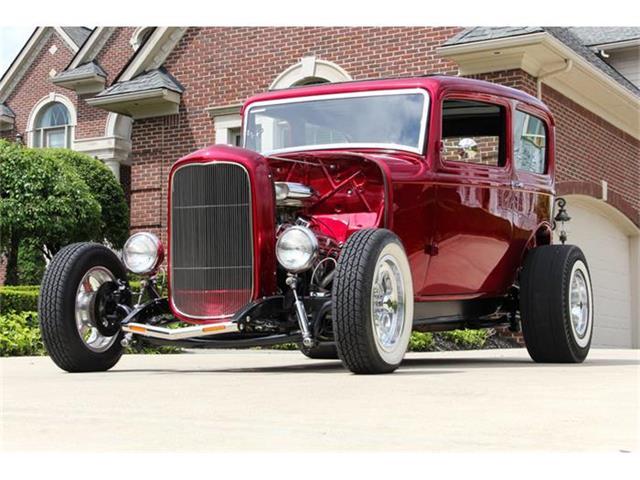 1932 Ford Tudor Sedan Street Rod | 742051