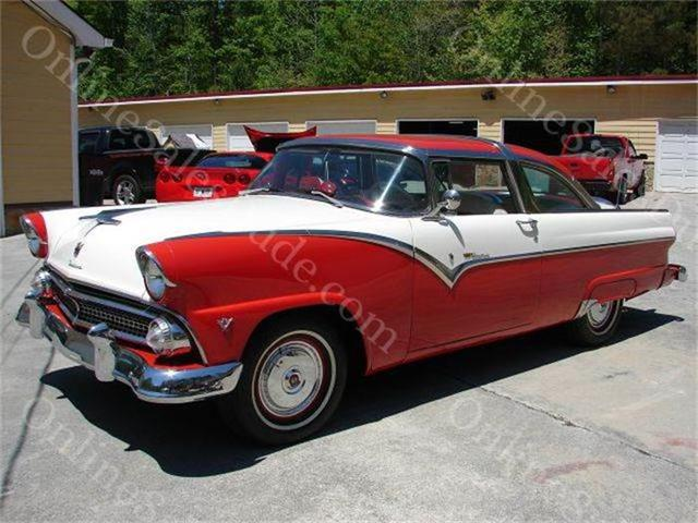 1955 Ford Crown Victoria | 742649