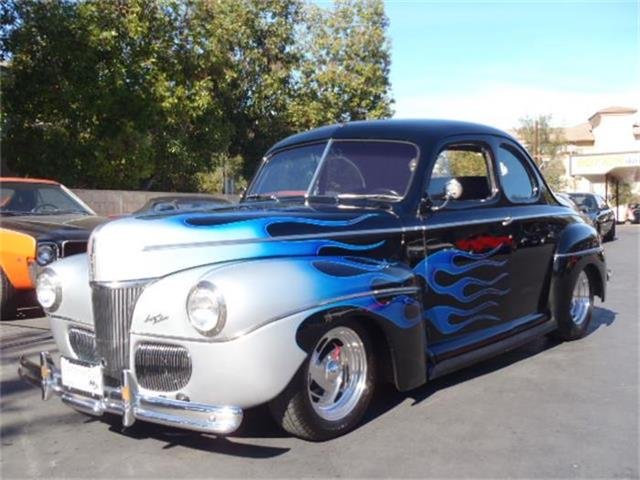 1941 Ford Super Deluxe | 743077