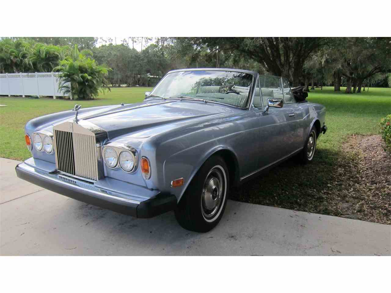 1981 rolls royce corniche for sale cc 743091. Black Bedroom Furniture Sets. Home Design Ideas