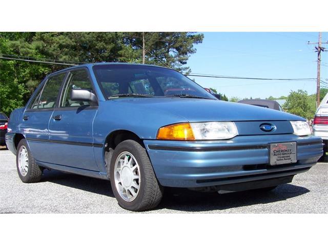 1992 Ford Escort LX-E 4d Sedan | 743413