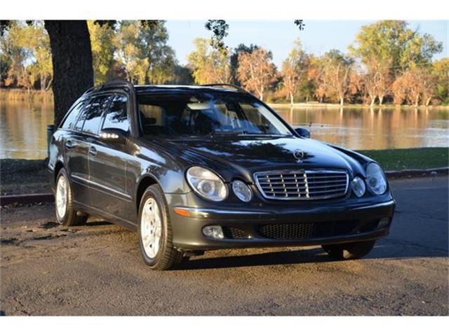 2004 Mercedes-Benz E320 | 744004