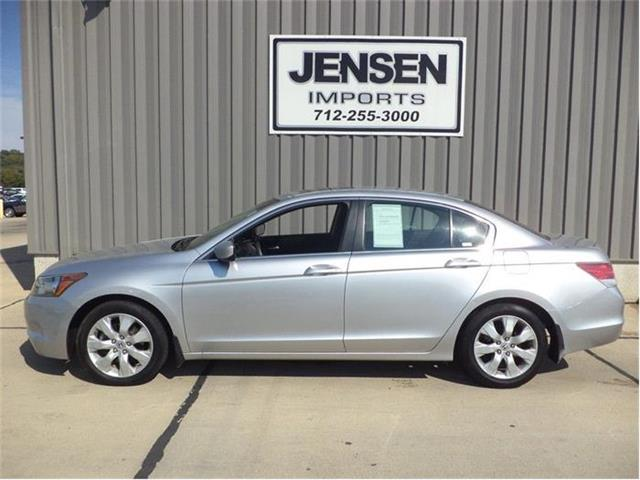 2009 Honda Accord | 744275