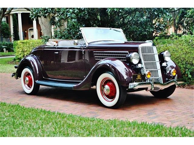 1935 Ford Roadster | 744540